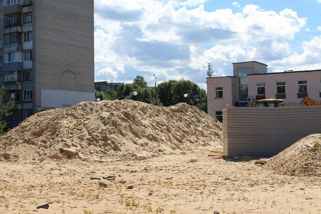 Не прошло и года: нижегородские скверы нужно благоустраивать заново - фото 32