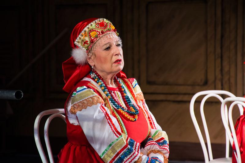 Скончалась заслуженная исполнительница РФ Вера Сурикова