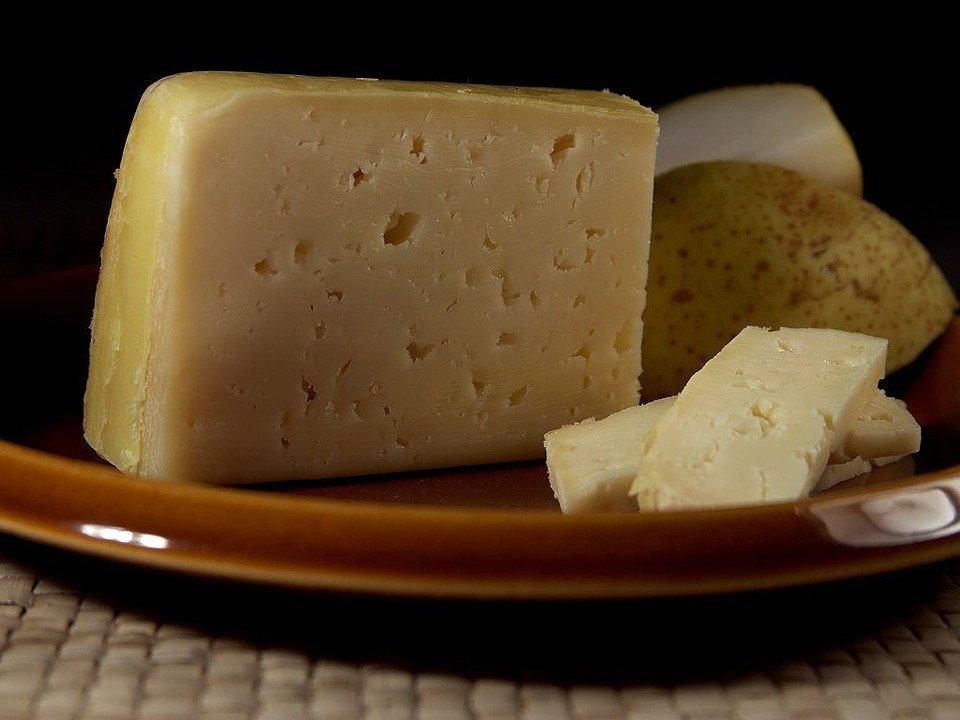Как отличить натуральный сыр от дешевой подделки - фото 3