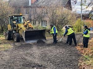 Дорогу у школы в Советском районе отремонтируют за сутки
