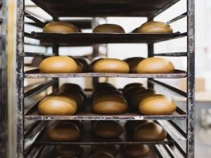 Восемь дел заведено в Нижегородской области по факту продажи некачественного хлеба