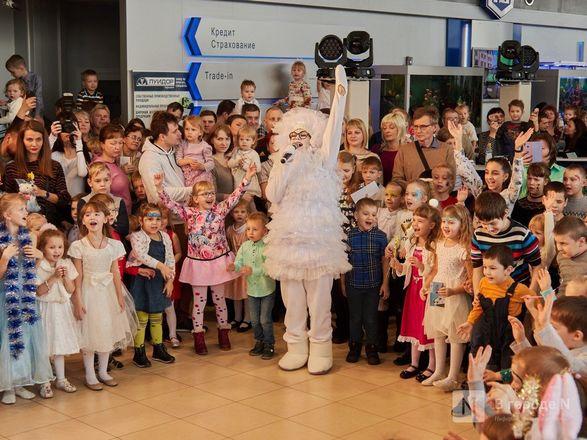 «Луидор» устроил новогоднее гулянье для сотен нижегородцев и их детей - фото 21