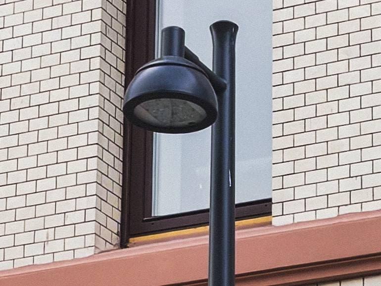 Дизайн новых фонарей на Покровке стал предметом споров - фото 1