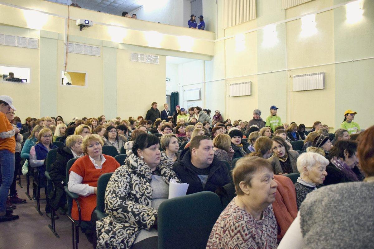 Прежние адреса, прежние проблемы: Владимир Панов снова встретился с жителями Приокского района - фото 2