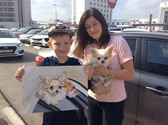 Девятилетний арзамасский мальчик меняет рисунки на корм для бездомных животных - фото 2