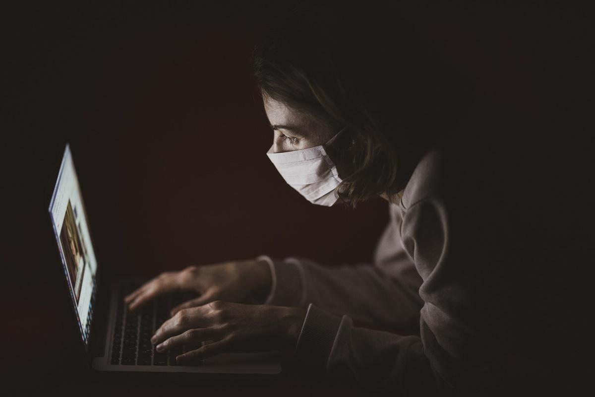 Можно ли повторно заразиться коронавирусом: мнение вирусолога