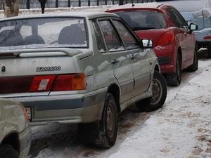 На улице Молитовской запретят парковку
