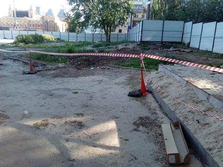 Губернатор поручил приостановить все работы по строительству гостиницы на Мануфактурной