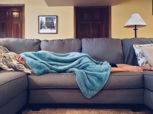 Как встретить Новый год, чтобы на утро не страдать от похмелья и несварения