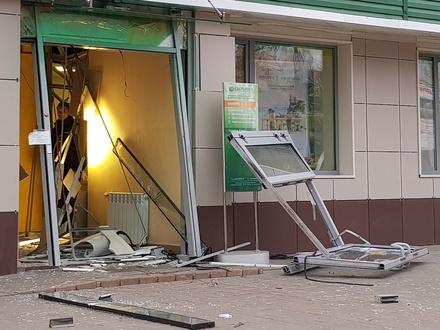 Жажда денег: грабители взорвали отделение банка в Выксе