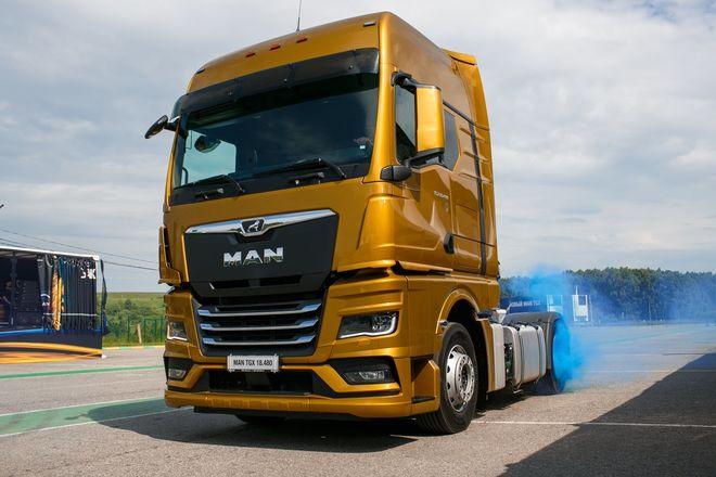 Немецкий лев в России: нижегородцам показали новые грузовики MAN - фото 2